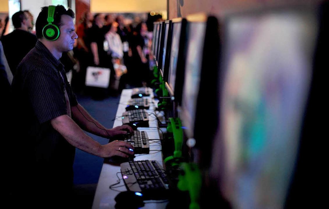 Das Computerspiel Minecraft aus Schweden, ist bei Jugendlichen sehr beliebt.    Foto: dapd