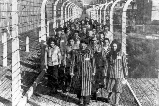 Deutschland stockt Hilfe für Holocaust-Überlebende auf