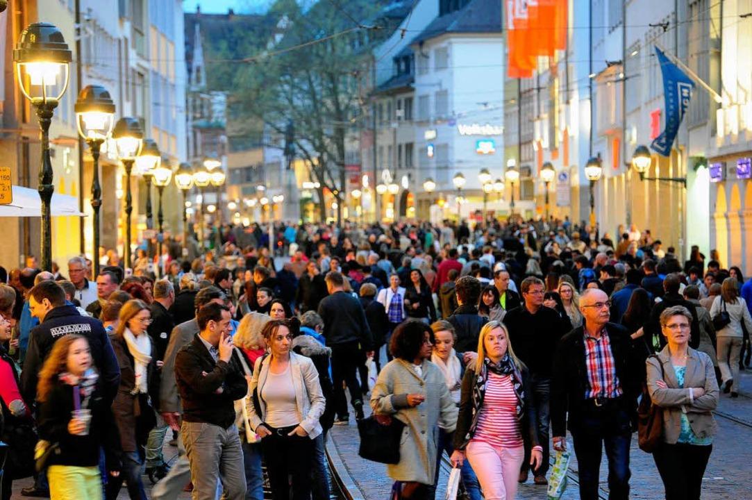 Die offizielle amtliche Einwohnerzahl ... liegt nur noch bei 209628 Einwohnern.  | Foto: Thomas Kunz