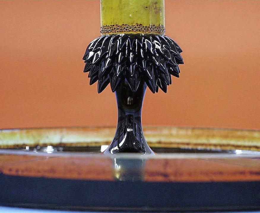 Hans-Joachim Güntherodt vergleicht die...tische Flüssigkeit mit Nanopartikeln.   | Foto: dpa/Klassen