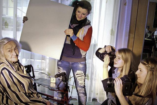 Meret Oppenheim im kreativen Fokus