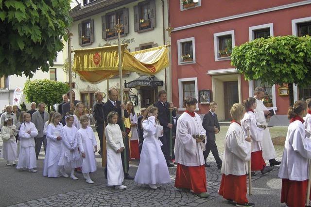 Gut besuchte Prozession