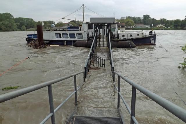 Eigentümer von Hausboot gerettet