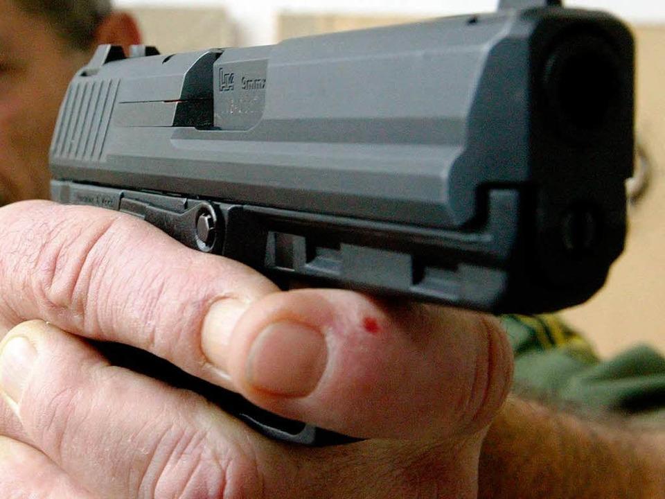 Von Heckler & Koch gefertigt: Die Pistole 2000 V 5    Foto: Uli Deck