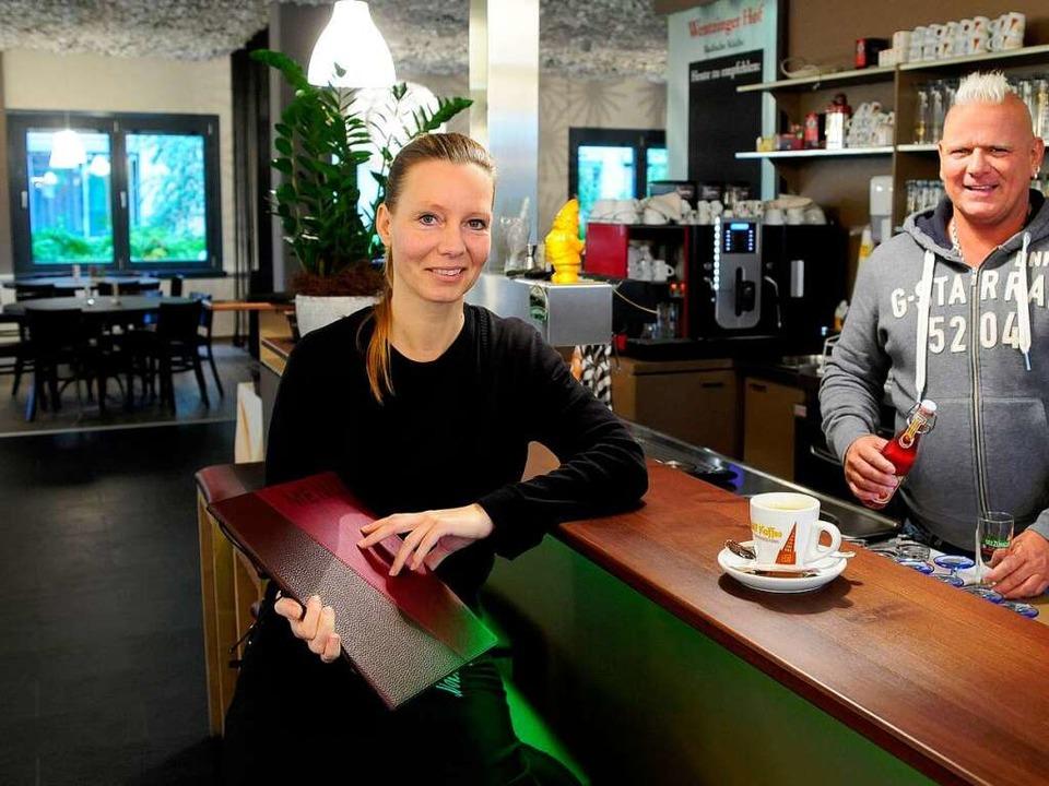 Restaurantleiterin Sylvana Seiffert un...im neuen Wentzinger Hof im Stühlinger   | Foto: Thomas Kunz