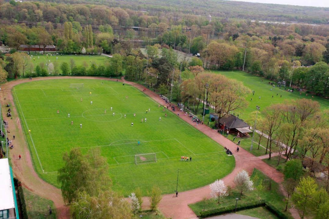 Auf den  Sportplätzen der Sportschule ...e besten Nachwuchskicker Deutschlands.  | Foto: Schuler Max