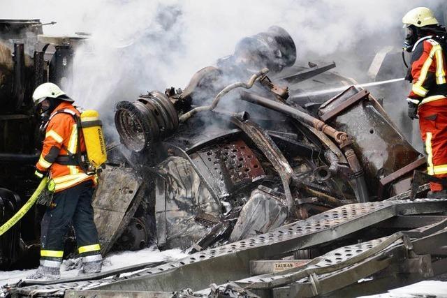 Laster-Unfall mit fünf Toten: Ermittlungen gegen 31-Jährigen