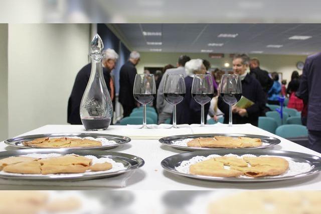 Zu Besuch bei den Zeugen Jehovas: Das Abendmahl rührt keiner an