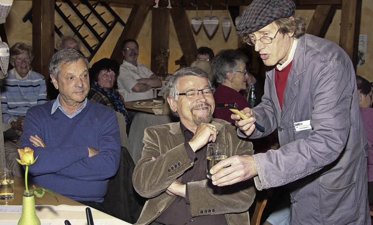 Südwestrundfunkfunkhaus-Hausmeister Hä...erhielt die Muettersprochler bestens.   | Foto: sandra decoux-kone