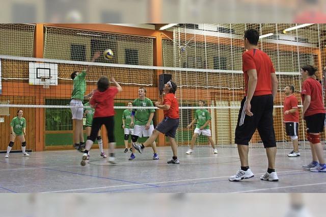 Volleyball hoch im Kurs