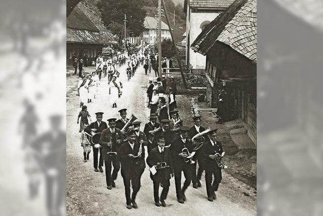 Ein Jahrhundert im Dienste der Blasmusik