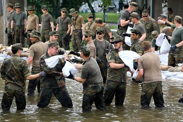 23 000 Menschen evakuiert