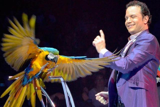 Papageien, Elefanten, biegsame Menschen: Zirkus Knie in Basel