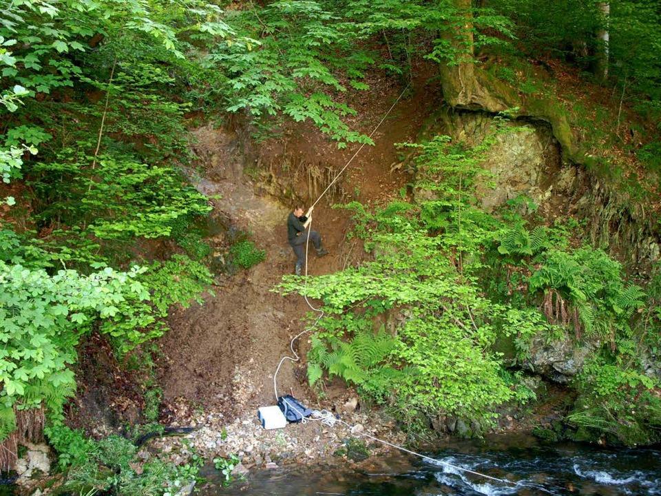 In der Nähe der Fassung wurde eine bis...ittsstelle von warmem Wasser entdeckt.  | Foto: Harald Senn