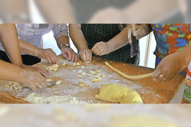 Internationales Kochbuch für Kinder zu erstellen