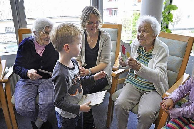 Kinder bereichern Alltag der Senioren im Wohnpark