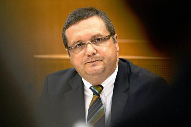 EnBW-Ausschuss: Mappus verweigert Aussage zu CDU-Kungeleien