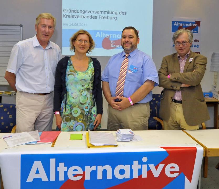 Der Vorstand der AfD Freiburg (v.l.n.r...sprecher) und Ronald Asch (Beisitzer).  | Foto: Michael Bamberger