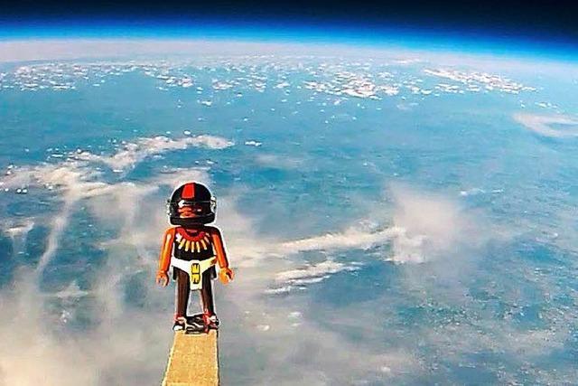 Schweizer Schüler schicken Playmobil-Mann in Stratosphäre