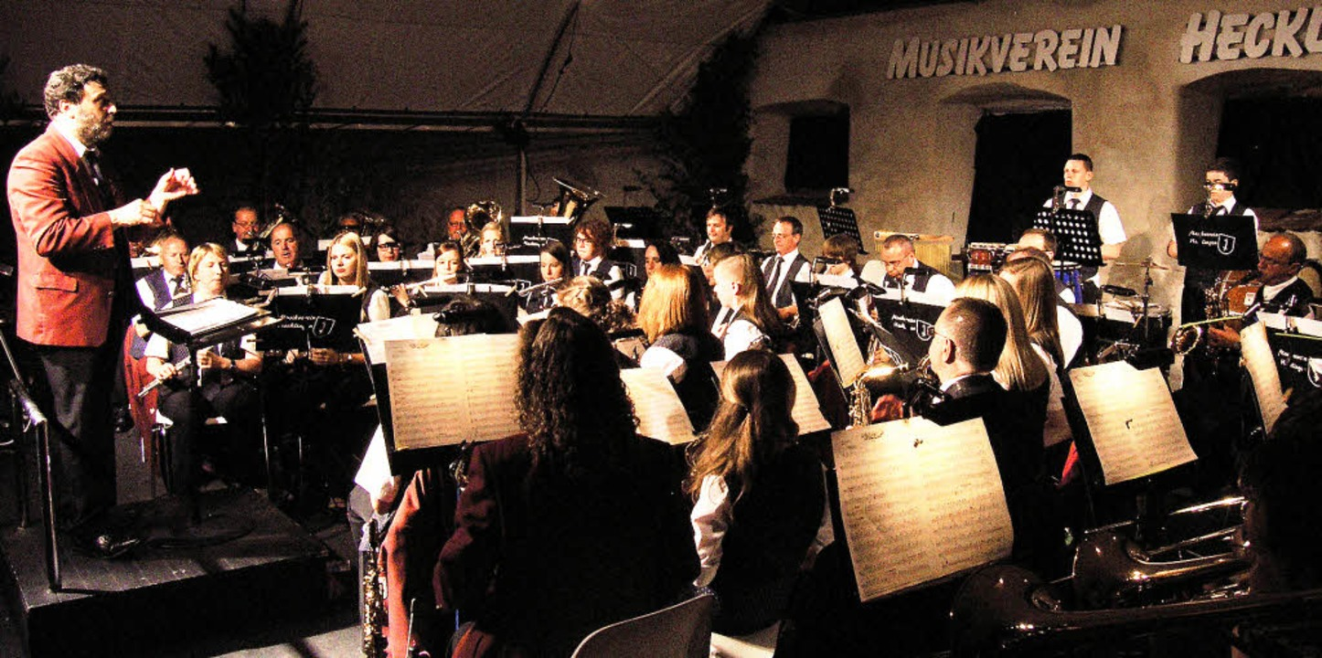 Seit 30 Jahren dirigiert Albert Eschba...r der sonst obligatorische Regen aus.     Foto: Ute Schöler