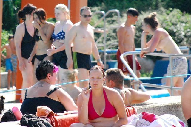 Hitze zieht die Besucher ins Freibad