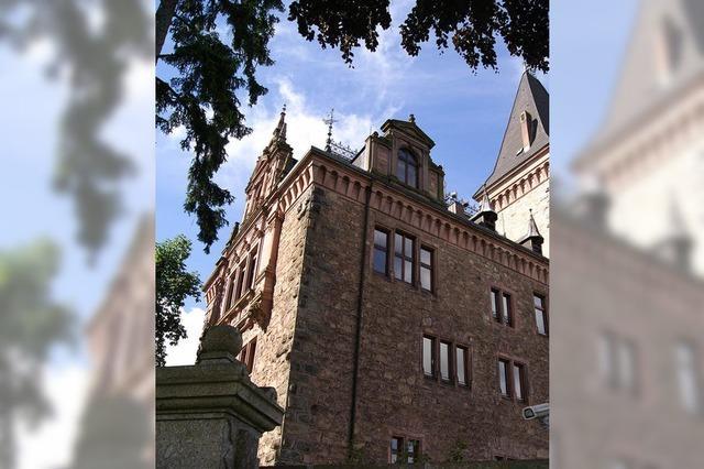 Schloss Rodeck: Zukunft des Wahrzeichens ist wieder ungewiss