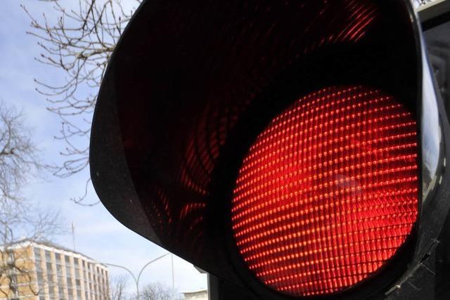 Pilotversuch: Sollen Radler bei Rot rechts abbiegen dürfen?