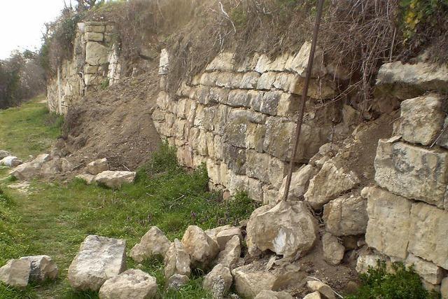 Wer bezahlt die Sanierung der Mauer?