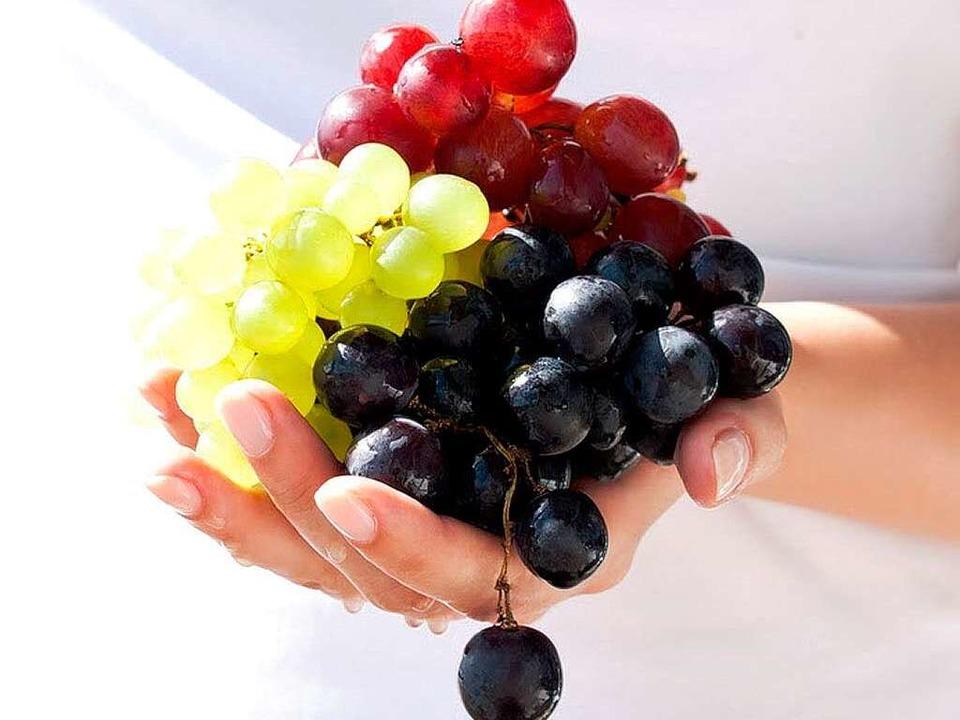 Lassen sich auch auf dem Grill kombinieren: Weintrauben.    Foto: pashyksv - Fotolia