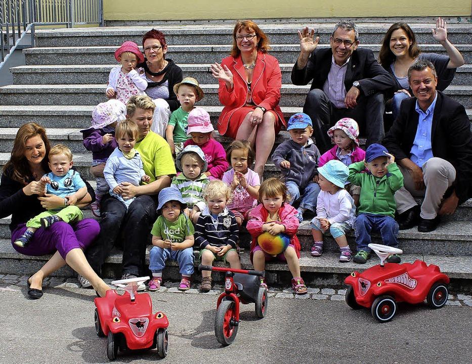 Die SPD-Landtagsabgeordnete Gabi Rolla...h die Kleinkindbetreuung Schatzinsel.   | Foto: mario schöneberg