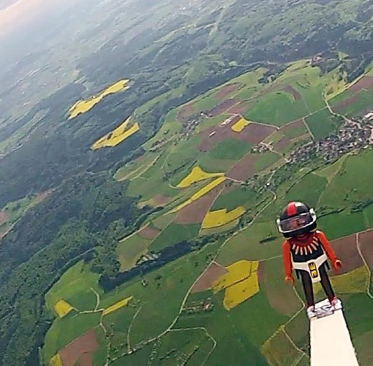 Über Süddeutschland stürzt der Pilot ab.  | Foto: -