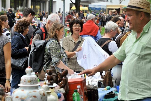 Rathaus untersagt zunächst Pfarrfest-Flohmarkt