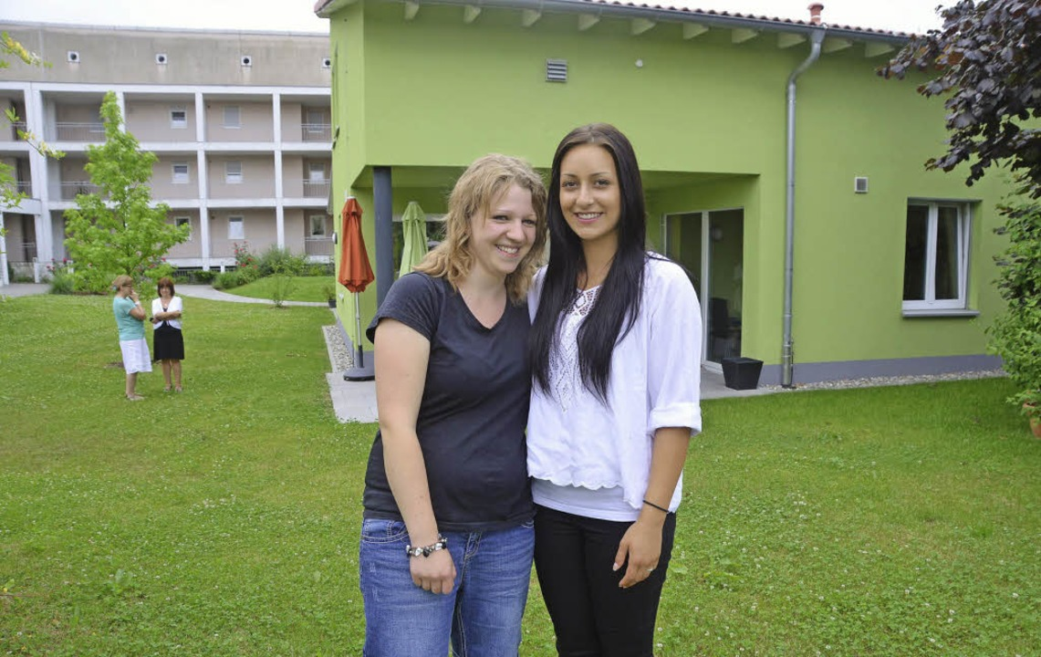 Anna-Maria Koch (links) und Katjuscha ... Chefinnen Inge Thoma und Liane Frey.   | Foto: Peter Gerigk
