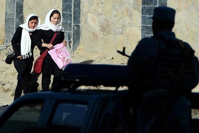 Präsident Karsai entgeht einem Anschlag