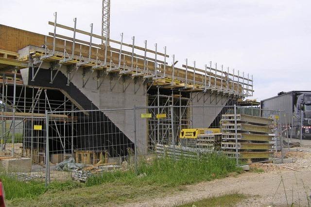 Neue Brücke für die Bahn