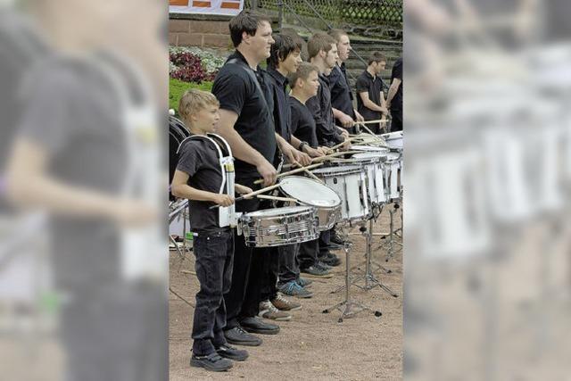 Viel Musik belebt den Platz