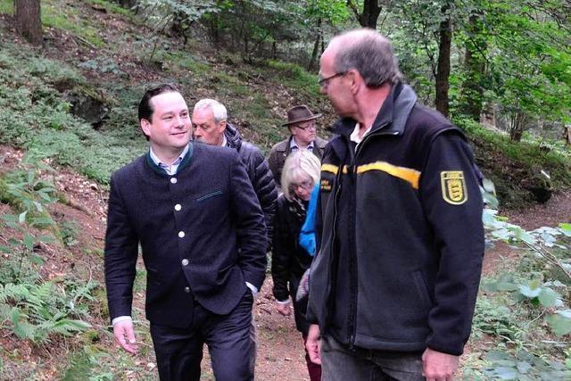 Minister Bonde hat viel Respekt für das ehrenamtliche Engagement im Felsele Erlebniswald
