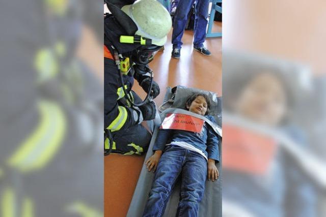 Feuerwehr übt unter realen Bedingungen