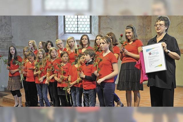Badische Chorprämie 2012 : Jugendchor der Musikschullehrerin Hall wird ausgezeichnet