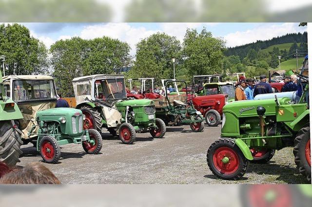 Chöre und viele Traktoren