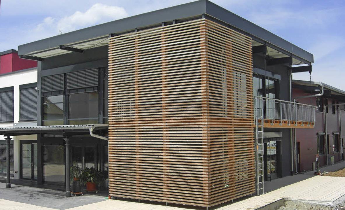 Der Neubau des Weinguts Bastian in End...ch architektonisch modern und zeitlos.  | Foto: Privat