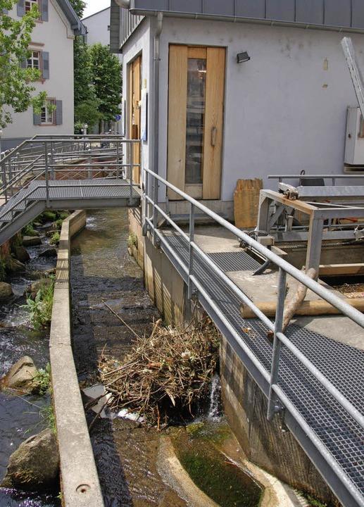 Wasserkraft – wie hier die erste...age eine intensive Wartung erfordert.   | Foto: Sylvia-Karina Jahn