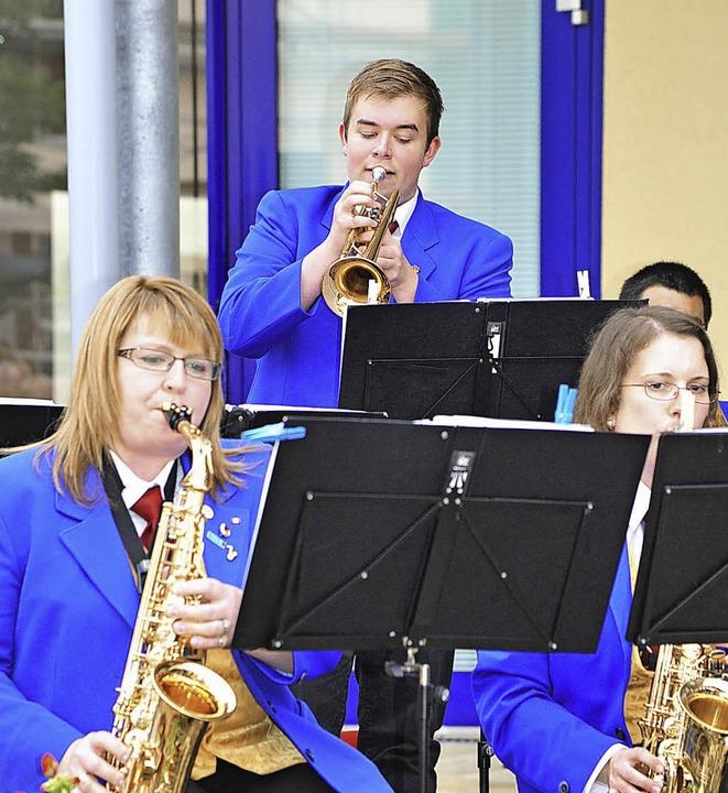 Trompeten-Solo von Michael Blust  | Foto: Hans-E. Meidhof