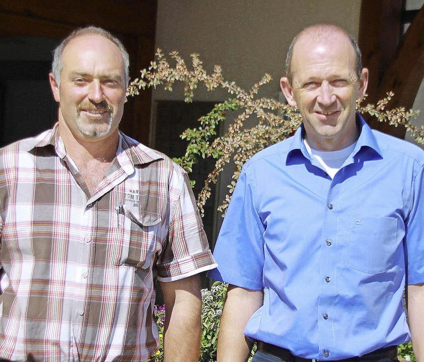 Der neue Bauhofleiter Michael Lüber (l...und Bürgermeister Christian Behringer.  | Foto: Chris Seifried