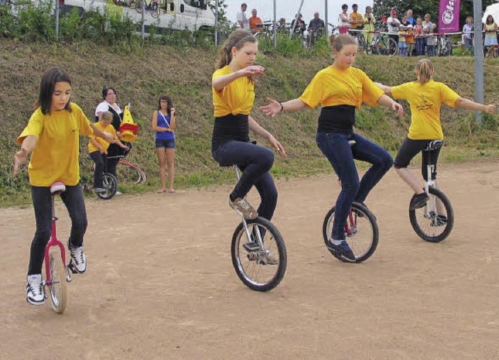 Rheinuferfest und Velotag    Foto: Jutta Schütz