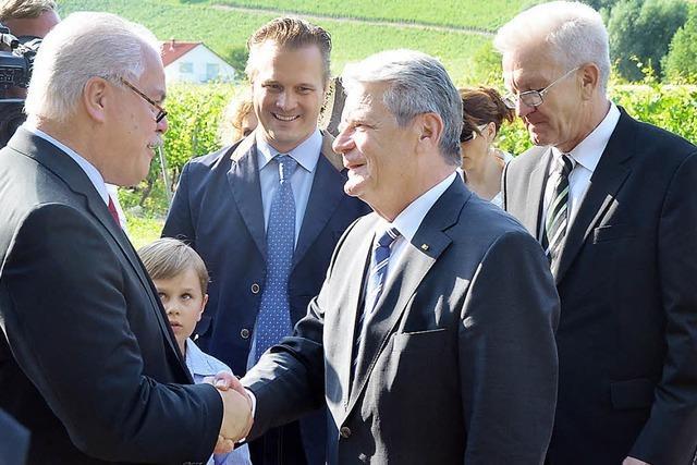 Lauschige Gartenparty mit Bundespräsident und Landesvater
