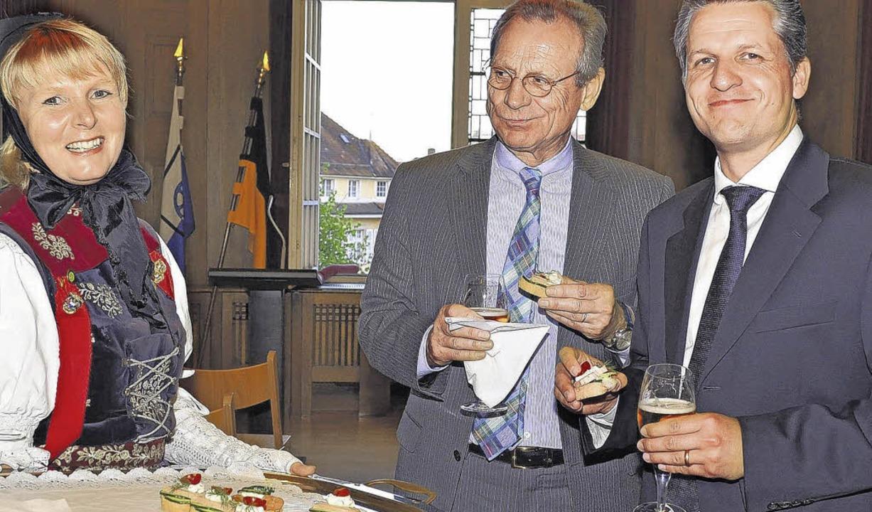 Nach getaner Arbeit, Vorträgen und lob...und Alt-OB Stefan Gläser aus Wertheim.  | Foto: BEATHALTER