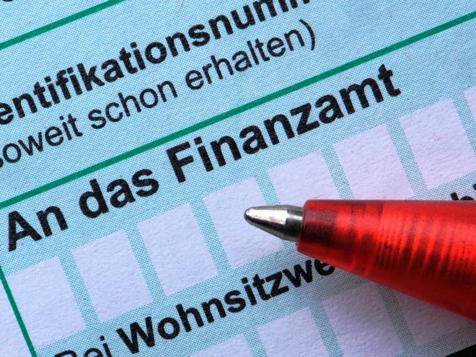 Der Verfolgungsdruck auf die Steuersünder wurde erhöht.  | Foto: dpa