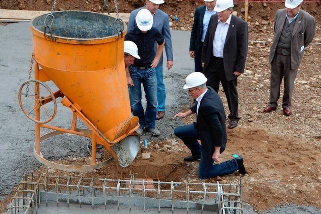 Grundsteinlegung von Emis Electrics in Waldkirch