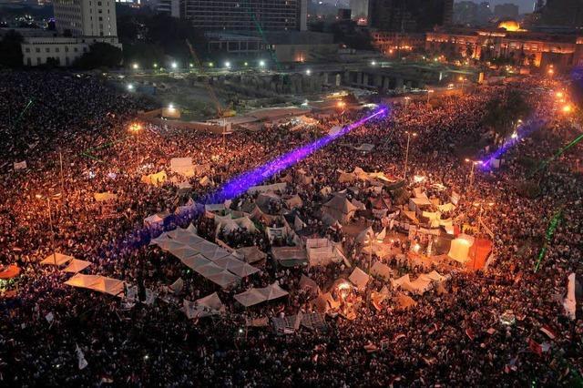 Armee setzt Mursi ab - zivile Interimsregierung – 4 Tote